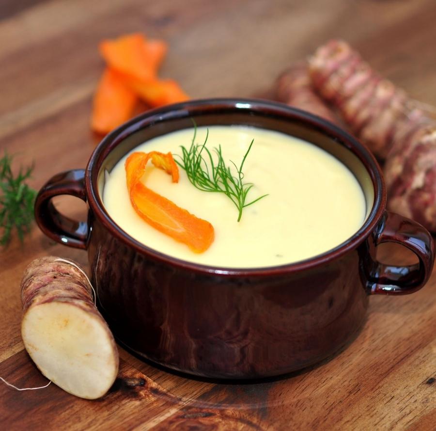 Słodka zupa z topinambura na deszczowe dni